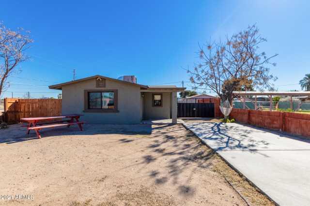 Photo of 111 E JACKSON Avenue, Buckeye, AZ 85326