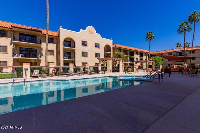Photo of 10330 W THUNDERBIRD Boulevard #A220, Sun City, AZ 85351