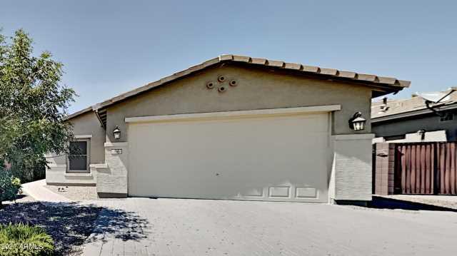 Photo of 566 W HONEY LOCUST Avenue, Queen Creek, AZ 85140