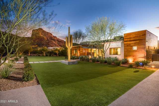 Photo of 6136 N 52ND Place, Paradise Valley, AZ 85253