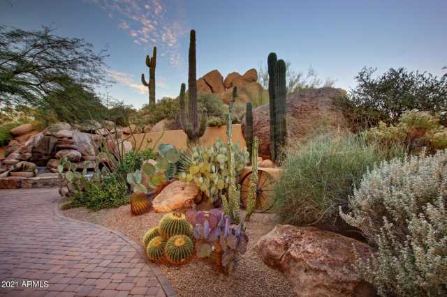 Photo of 11402 E DESERT TROON Lane, Scottsdale, AZ 85255