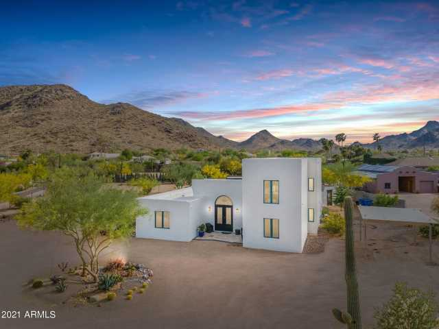Photo of 4035 E FANFOL Drive, Phoenix, AZ 85028