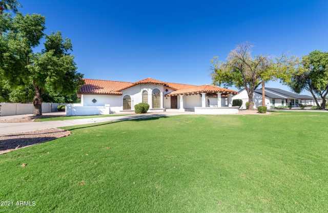 Photo of 1320 N VILLA NUEVA Drive, Litchfield Park, AZ 85340