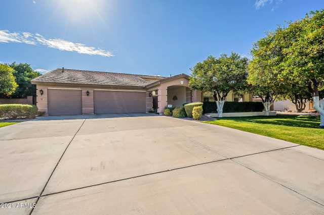 Photo of 4201 E FAIRFIELD Circle, Mesa, AZ 85205