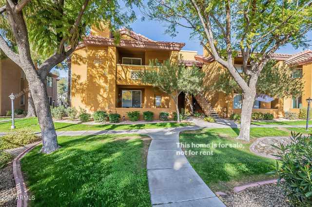 Photo of 2929 W YORKSHIRE Drive #2026, Phoenix, AZ 85027