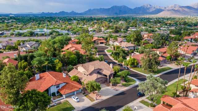 Photo of 9688 E COCHISE Drive, Scottsdale, AZ 85258