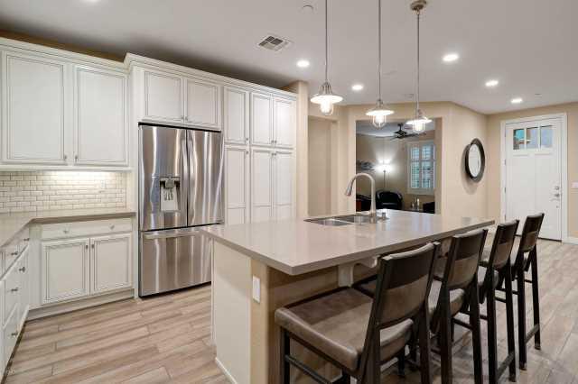 Photo of 10260 E WHITE FEATHER Lane #1019, Scottsdale, AZ 85262