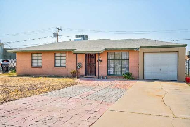 Photo of 207 W MADDEN Drive, Avondale, AZ 85323