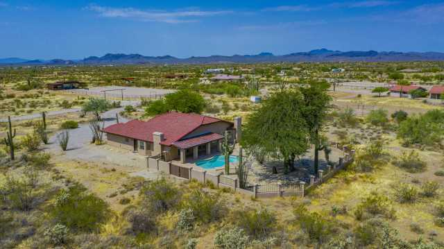 Photo of 42209 N CASTLE HOT SPRINGS Road, Morristown, AZ 85342