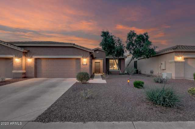 Photo of 42470 W JAWBREAKER Drive, Maricopa, AZ 85138