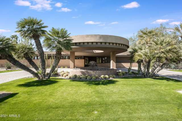 Photo of 54 Biltmore Estates Drive, Phoenix, AZ 85016