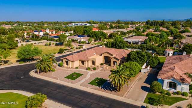 Photo of 6444 W WILLOW Avenue, Glendale, AZ 85304