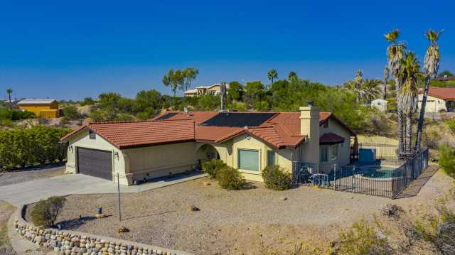 Photo of 1130 N COYOTE Crossing, Wickenburg, AZ 85390