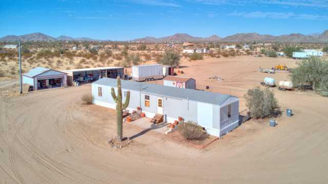 Photo of 53860 W BARNES Road, Maricopa, AZ 85139
