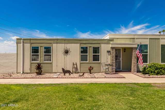 Photo of 14092 N NEWCASTLE Drive, Sun City, AZ 85351