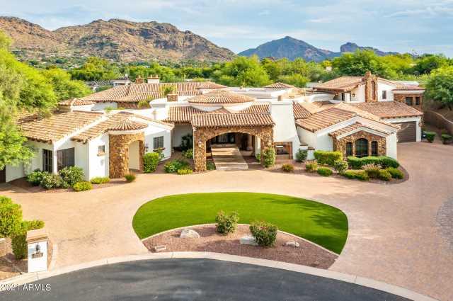 Photo of 8201 N RIDGEVIEW Drive, Paradise Valley, AZ 85253