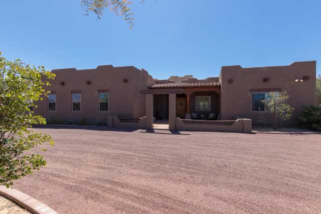 Photo of 8615 W DALEY Lane, Peoria, AZ 85383