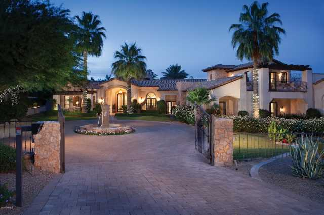 Photo of 6618 E BLUEBIRD Lane, Paradise Valley, AZ 85253