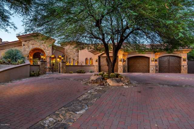 Photo of 10468 E WHITE FEATHER Lane, Scottsdale, AZ 85262