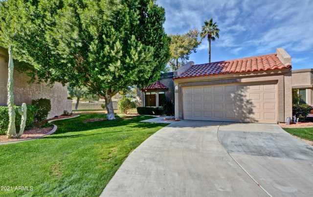 Photo of 9834 W KERRY Lane, Peoria, AZ 85382