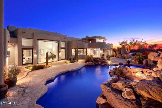 Photo of 10040 E HAPPY VALLEY Road #302, Scottsdale, AZ 85255