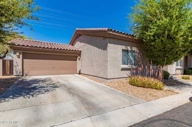 Photo of 15718 N HIDDEN VALLEY Lane, Peoria, AZ 85382