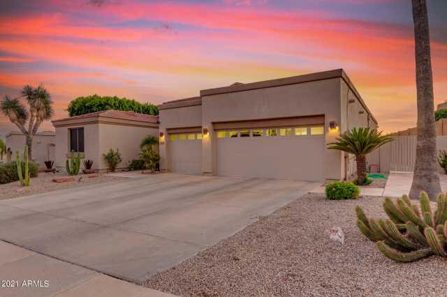 Photo of 6369 W ROBIN Lane, Glendale, AZ 85310