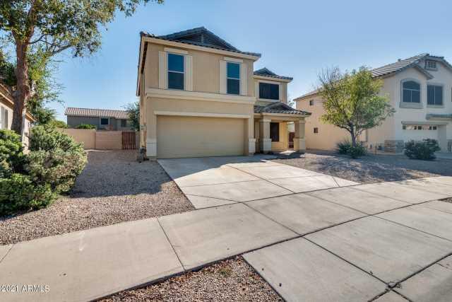 Photo of 16121 W MORELAND Street, Goodyear, AZ 85338