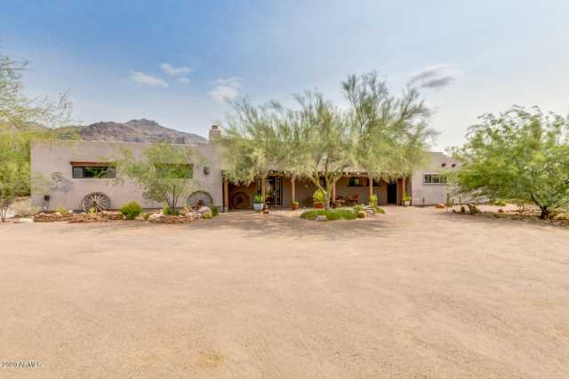 Photo of 3233 S MOHICAN --, Gold Canyon, AZ 85118
