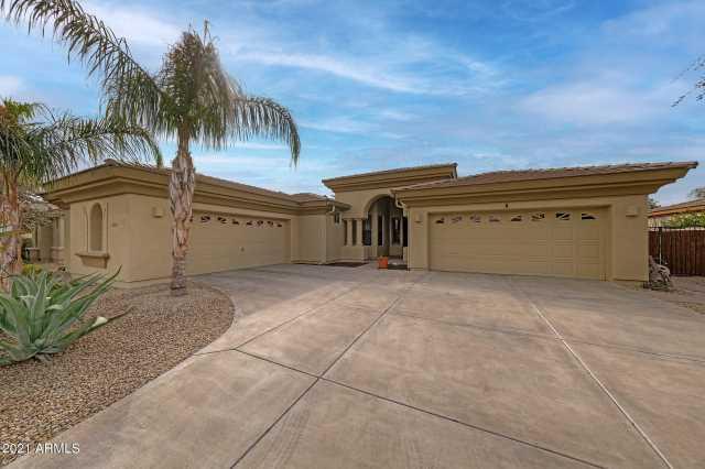 Photo of 14639 W COLUMBUS Avenue, Goodyear, AZ 85338