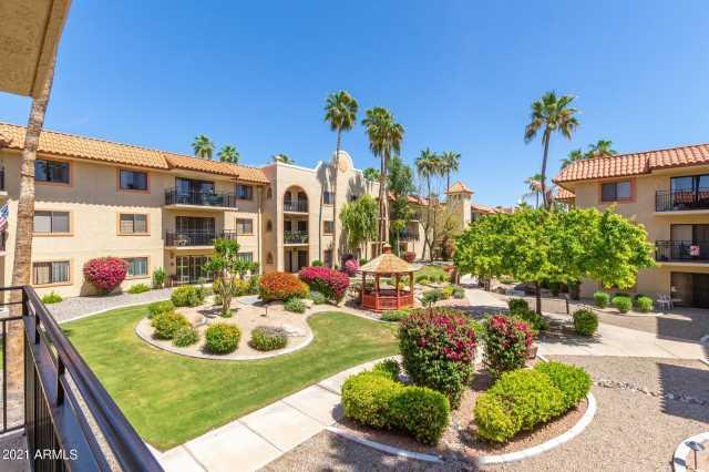 Photo of 10330 W THUNDERBIRD Boulevard #A231, Sun City, AZ 85351