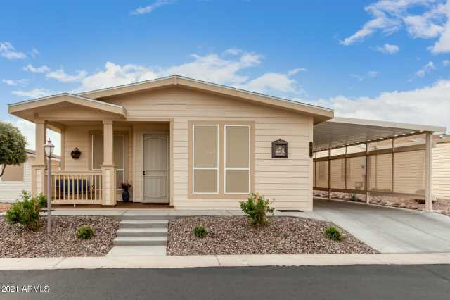 Photo of 3301 S GOLDFIELD Road #4055, Apache Junction, AZ 85119