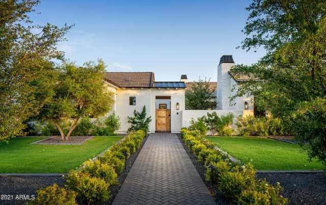 Photo of 5639 N 68TH Place, Paradise Valley, AZ 85253