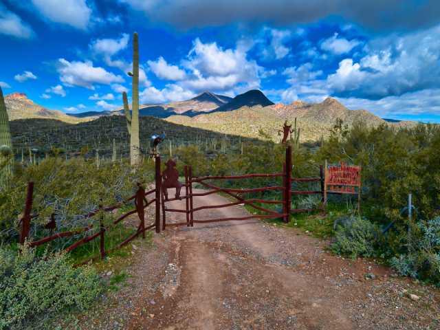 Photo of 44404 N SPUR CROSS Road, Cave Creek, AZ 85331