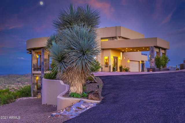Photo of 1300 S KELLIS Road, Wickenburg, AZ 85390