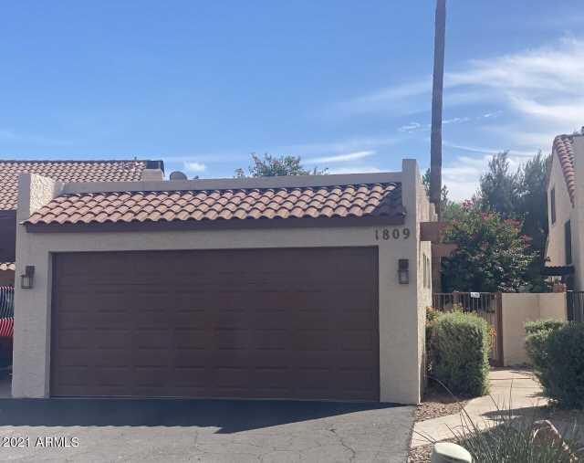 Photo of 1809 S TORRE MOLINOS Circle, Tempe, AZ 85281