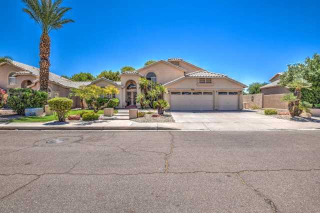 Photo of 3133 E VERBENA Drive, Phoenix, AZ 85048