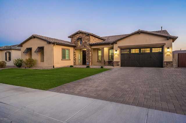 Photo of 9221 W LOS GATOS Drive, Peoria, AZ 85383