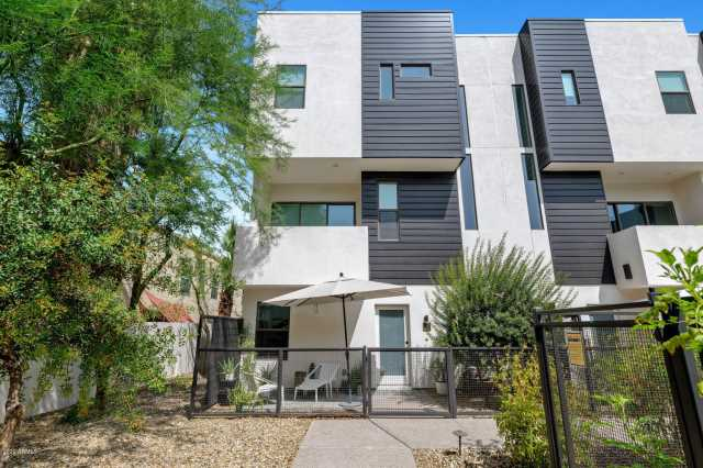 Photo of 325 E CORONADO Road #6, Phoenix, AZ 85004