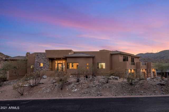 Photo of 13634 S Canyon Drive, Phoenix, AZ 85048