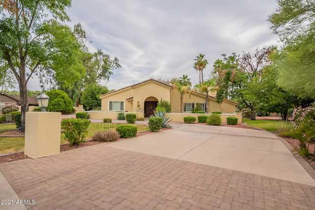 Photo of 6 N BULLMOOSE Circle, Chandler, AZ 85224