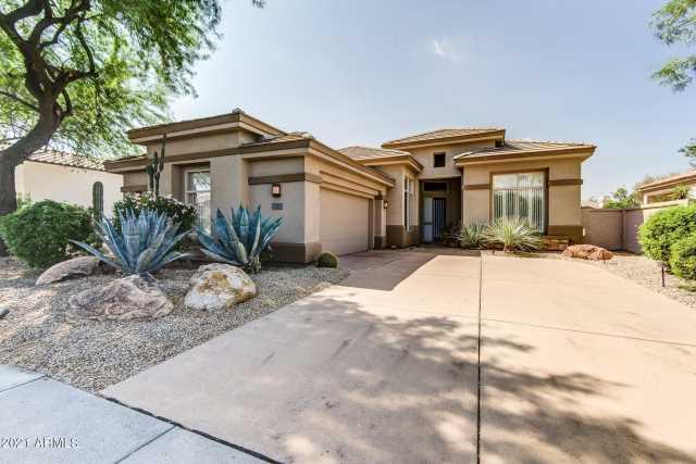 Photo of 8217 E HOVERLAND Road, Scottsdale, AZ 85255