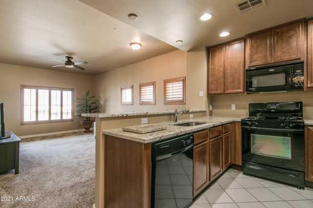 Photo of 5350 E DEER VALLEY Drive #4249, Phoenix, AZ 85054
