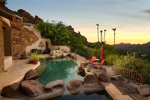Photo of 5525 E SAN MIGUEL Avenue, Paradise Valley, AZ 85253