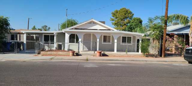 Photo of 114 E SARAGOSA Street, Chandler, AZ 85225