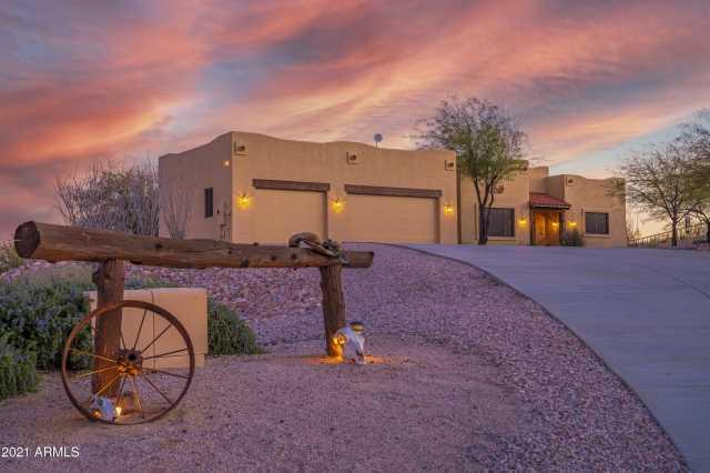 Photo of 20785 W CATTLE IRON Drive, Wickenburg, AZ 85390