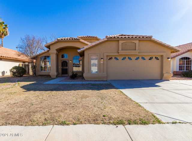 Photo of 12317 W CAMBRIDGE Avenue, Avondale, AZ 85392