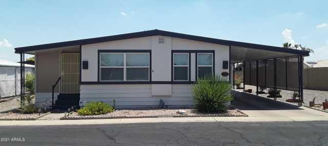Photo of 2701 E UTOPIA Road #76, Phoenix, AZ 85050