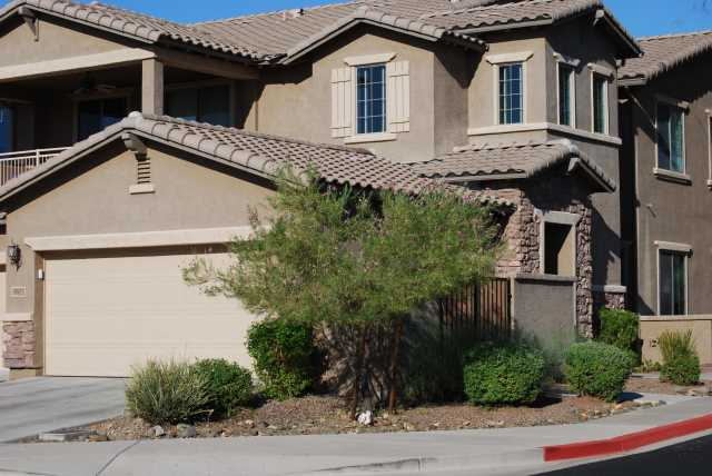 Photo of 2110 W TALLGRASS Trail #233, Phoenix, AZ 85085