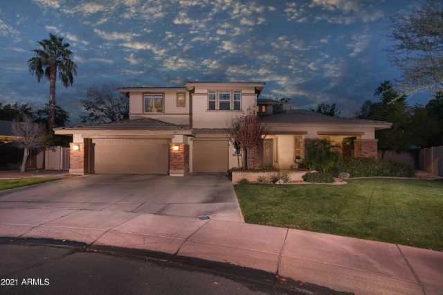 Photo of 94 E SUNBURST Lane, Tempe, AZ 85284